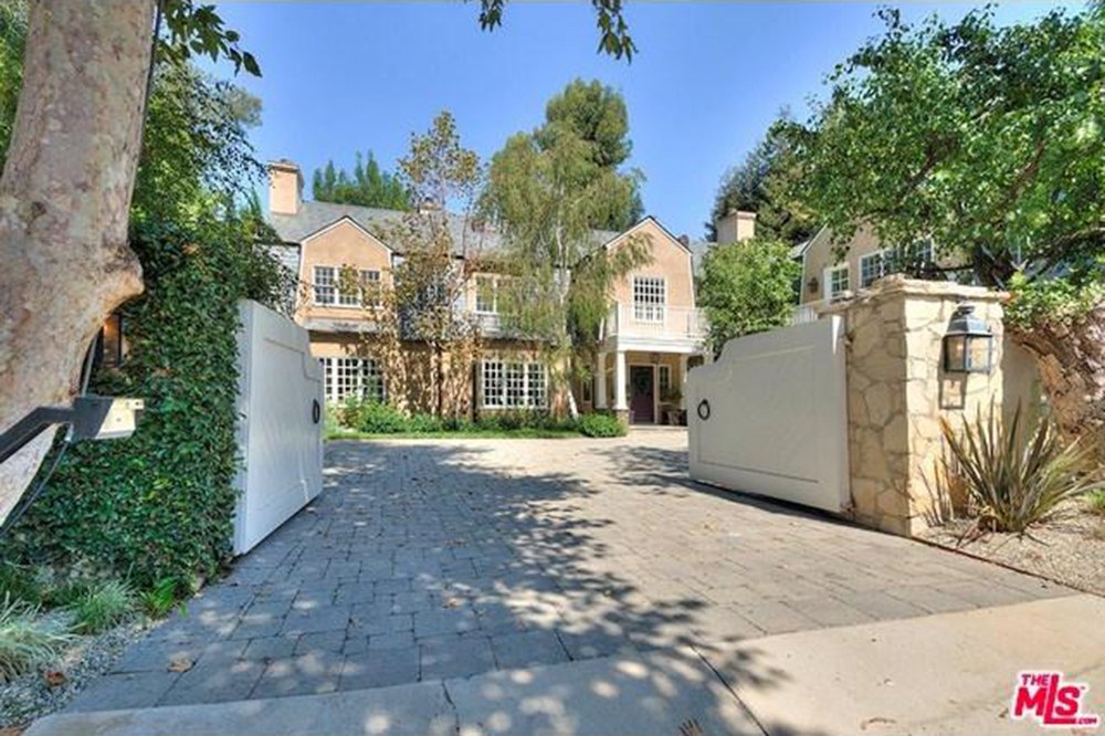 Celebrities that live in beverly hills